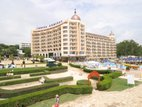 "<b>Early booking discount</b><b class=""d_title_accent""> - 15%</b>  for hotel accommodation in the period <b>01.05.2018 - 21.10.2018</b>"